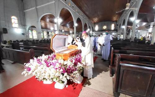 Archbishop-During-the-Burial-of-Fr.-Charles-Okeke-Odogwu